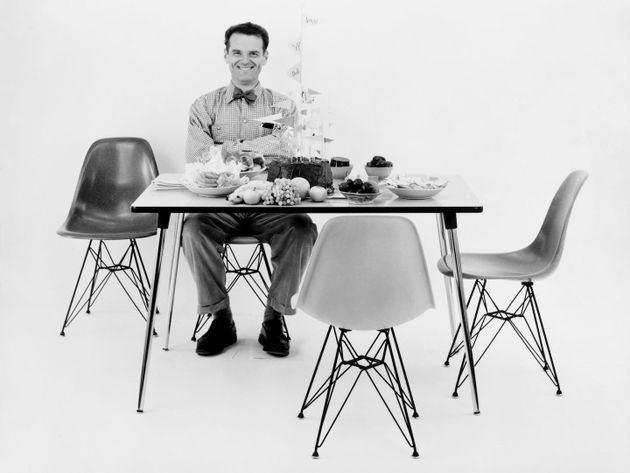 Vitra Eames Plastic Chairs Official, How To Put Plastic On Dining Room Chairs