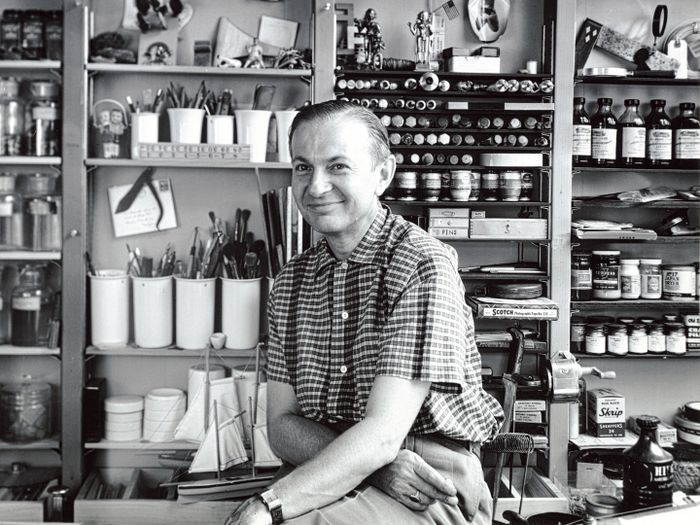 DW_Alexander Girard_Photo taken by Charles Eames_flat_web_teaser