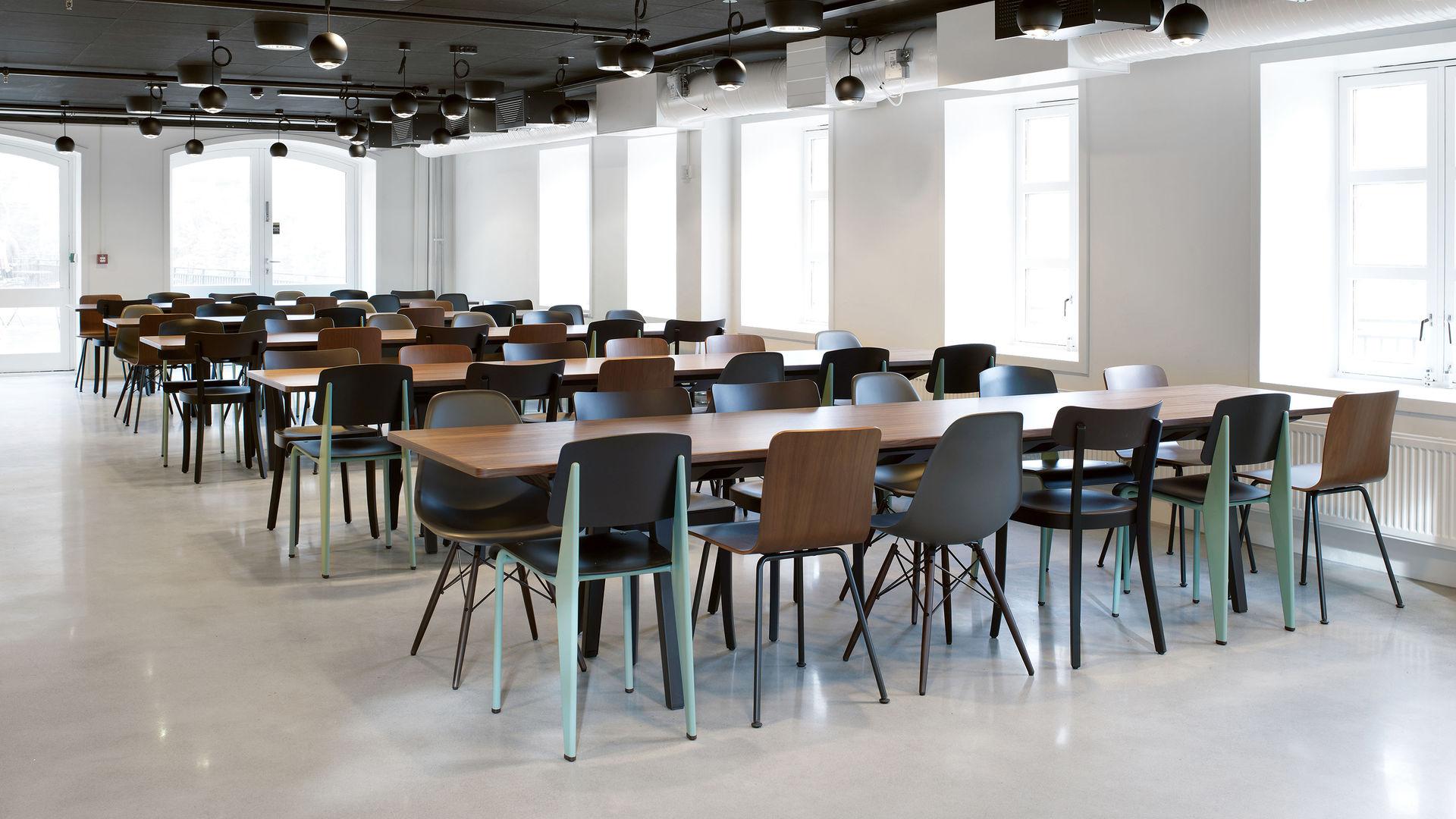 HAL Baselchair EPC-DSW Standard Joyn Meetingtable_web_16-9