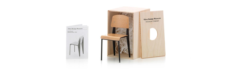 Standard Chair_Miniature_web_sub_hero