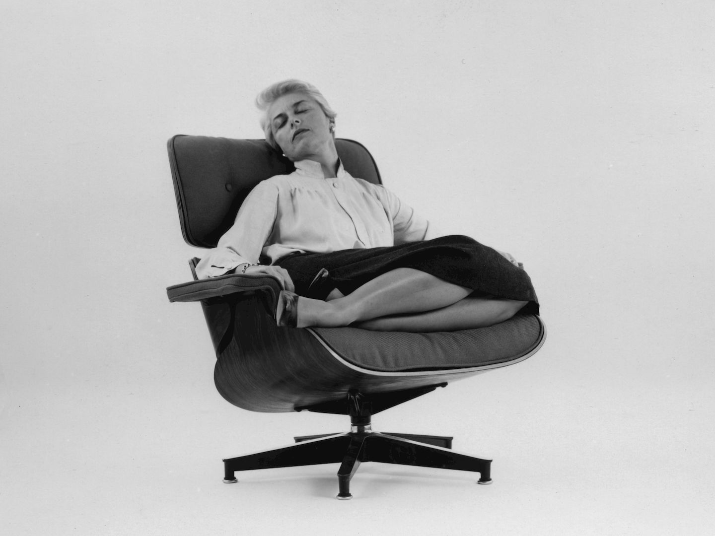 Charles & Ray Eames lounge chair by Vitra | Selency