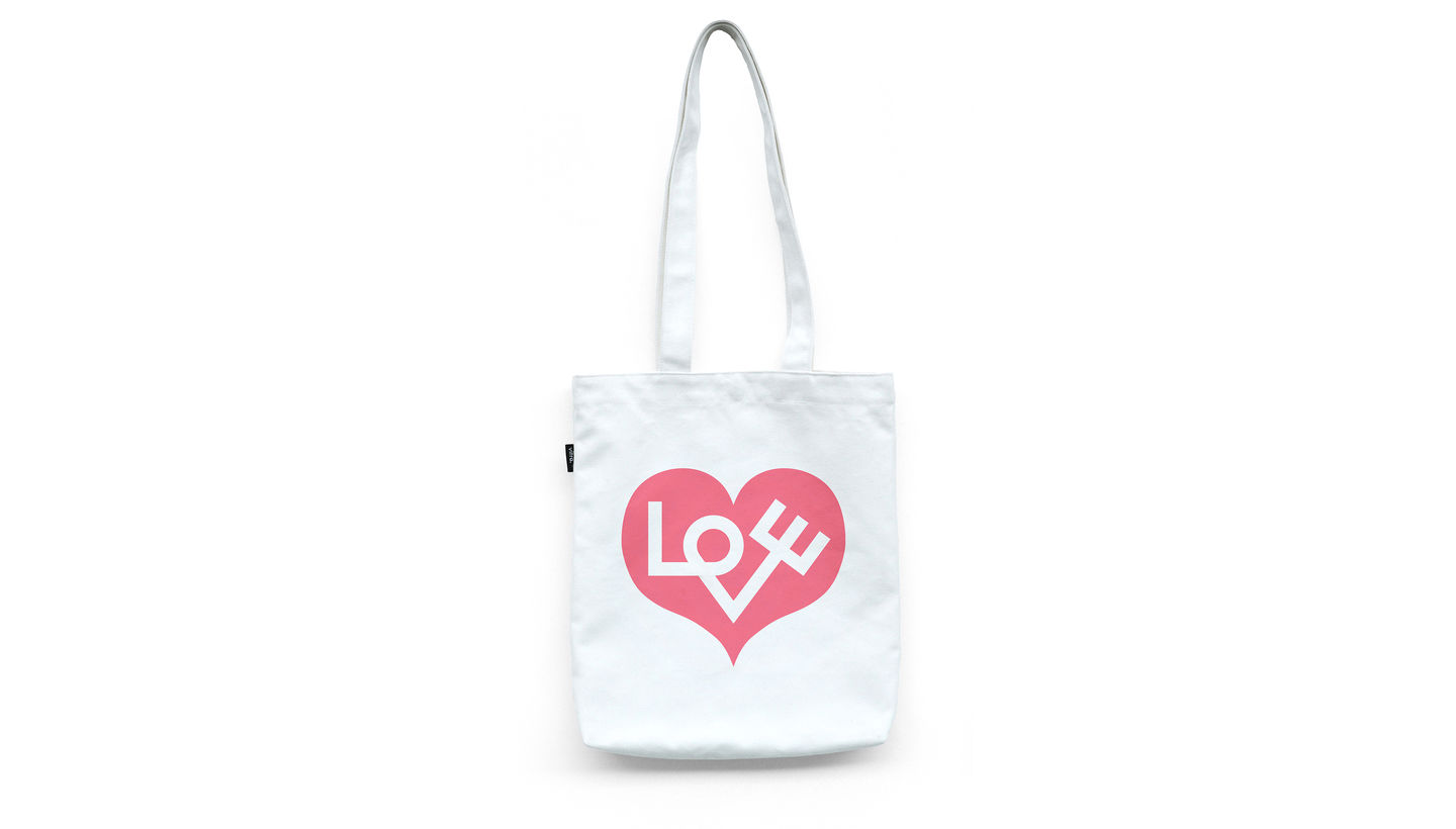 Graphic_Bag_Love_Heart_web_sub_hero
