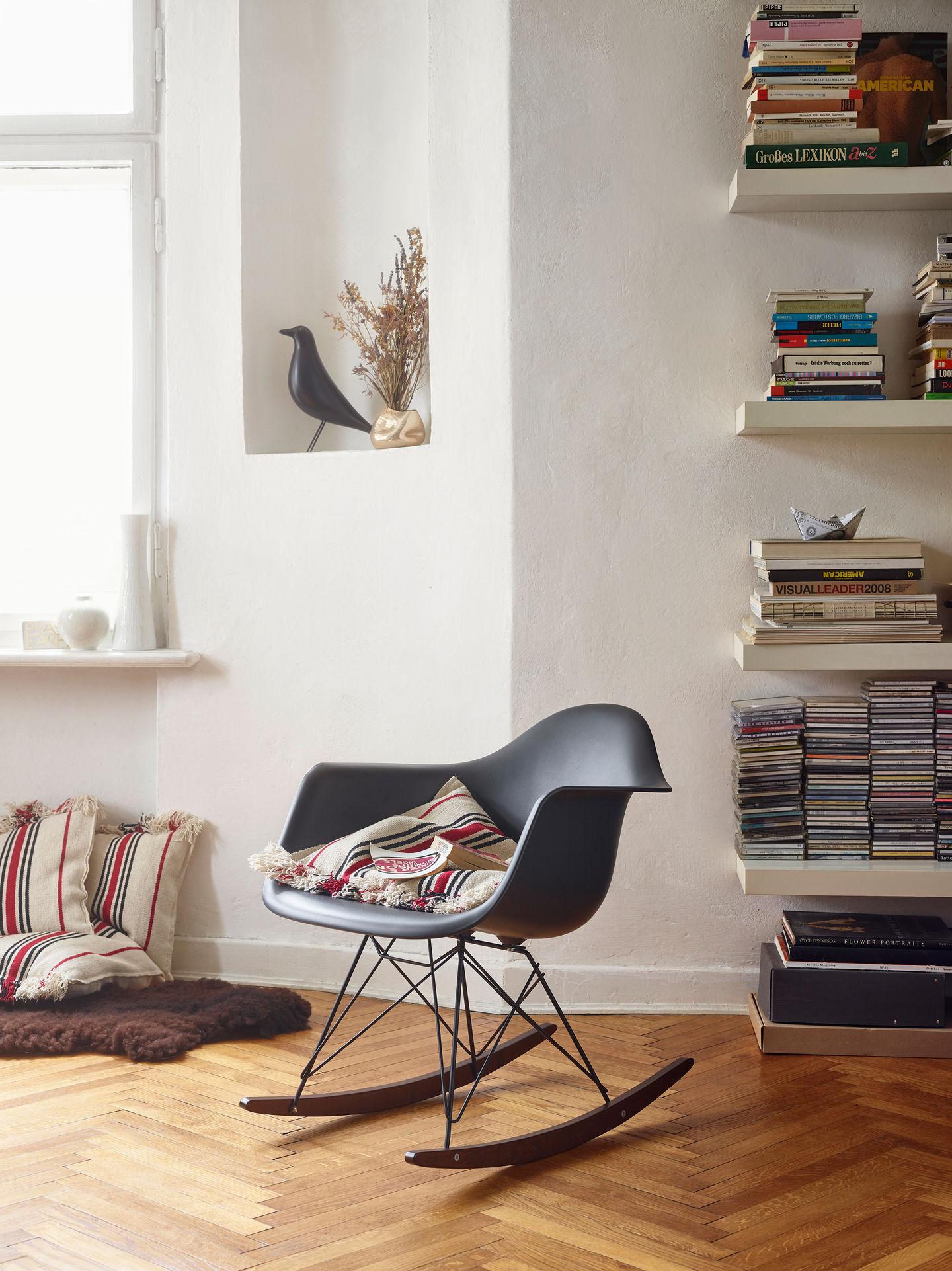 Sedia Dondolo Vitra Eames.Vitra Eames Plastic Armchair Rar