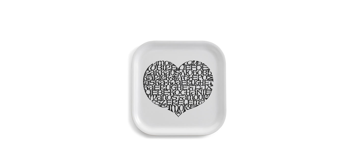 Classic Tray small, International Love Heart black_web_sub_hero