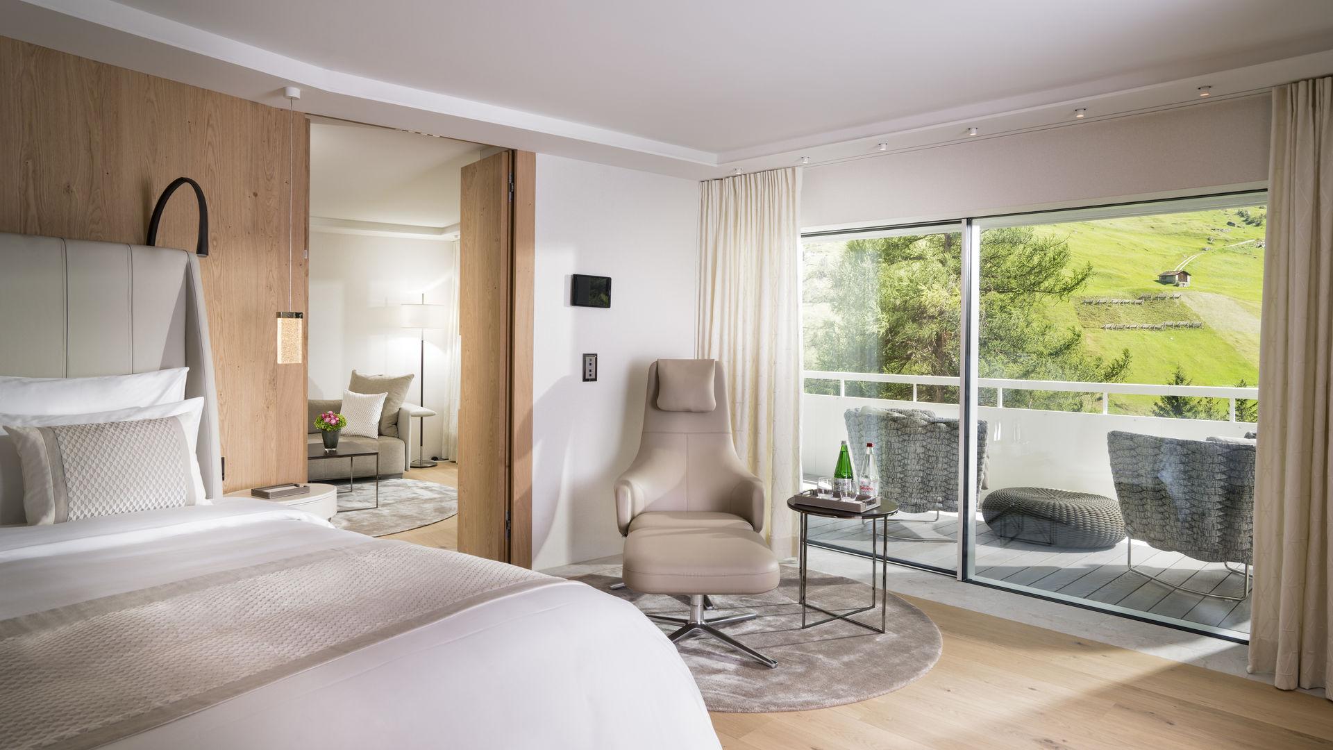 7132 Hotel Restaurant Vals_web_16-9