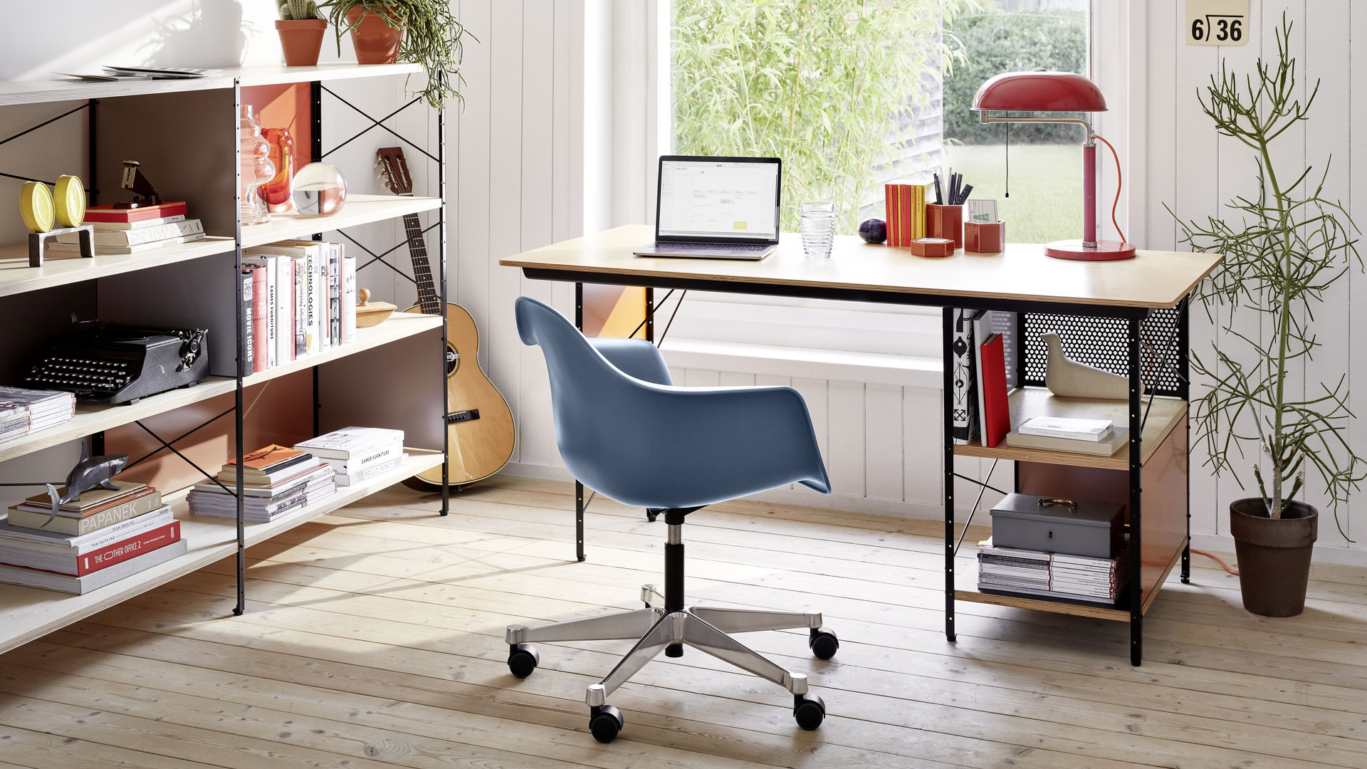 Eames Desk Unit EDU Eames Storage Unit ESU PACC seablue Hexagonal Containers L'Oiseau_web_16-9
